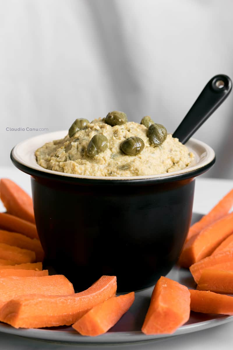 Caper hummus with carrots