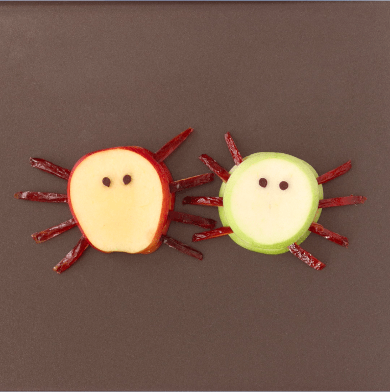Halloween spiders made with fruits